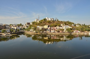 Picture of Fabhotel Madhursa Udaipur in Udaipur