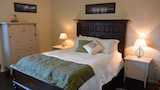 Book this Free Breakfast Hotel in Ucluelet