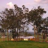 منزل فاخر - ٥ غرف نوم - منظر للتل - منظر للجبل