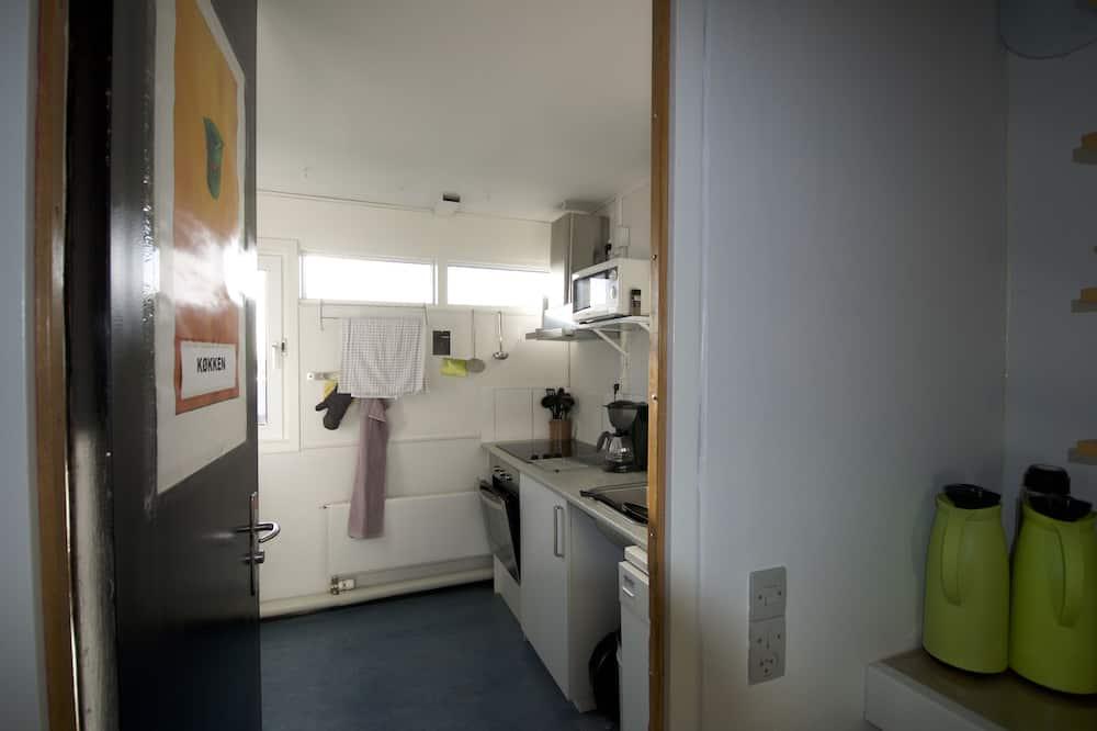 基本雙人房, 2 張單人床, 共用浴室 - 共用廚房