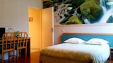 Reserve this hotel in Tendon, France