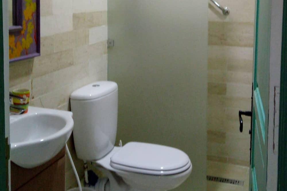 標準雙人房 (Bleue) - 浴室