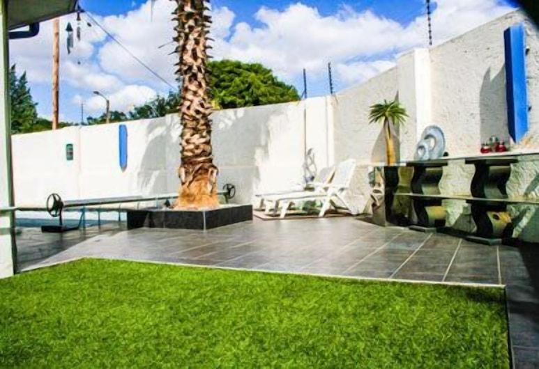Elements Executive Accommodation, Gaborone, Garden