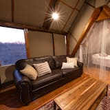 Палатка «Комфорт», 1 спальня - Зона гостиной