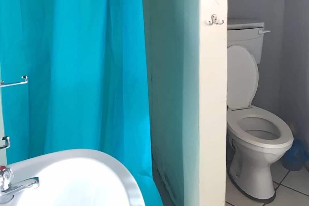 Rondavel (Dorm Room) - Casa de banho
