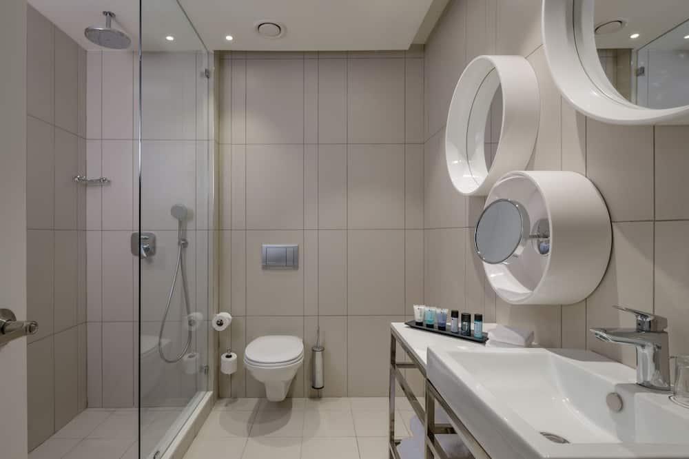 Phòng đôi hoặc 2 giường đơn Premium - Bồn tắm vòi sen trong phòng tắm
