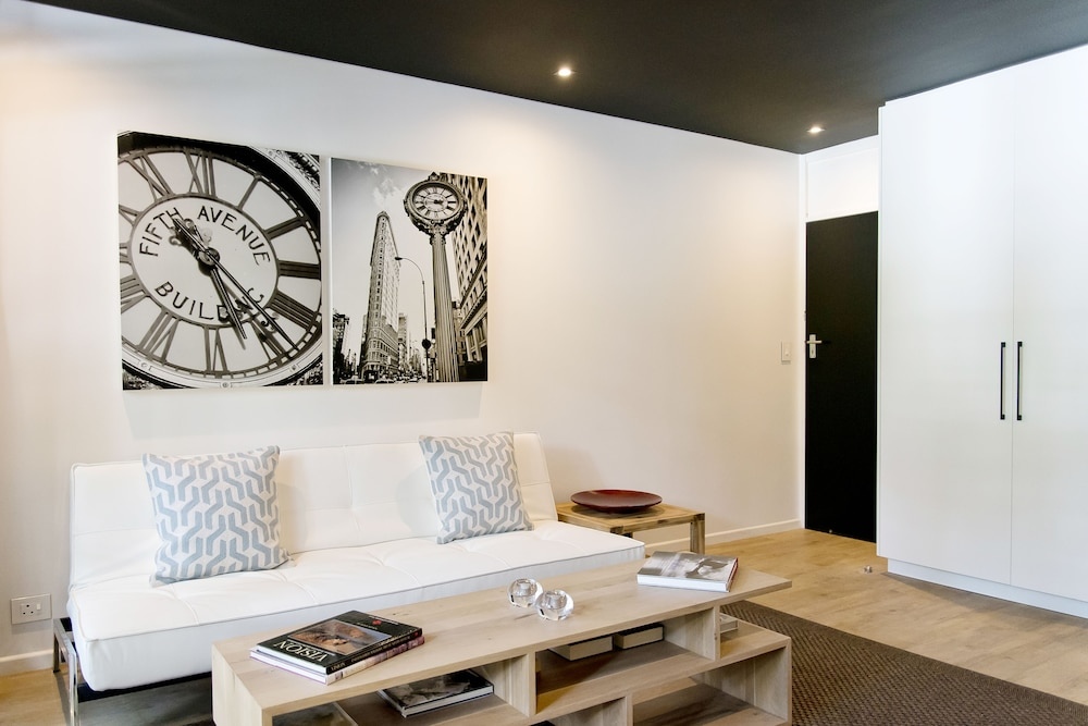 Book Manhattan Style Studio In Cape Town CBD In Cape Town Hotels Classy One Bedroom Apartments In Manhattan Style Collection