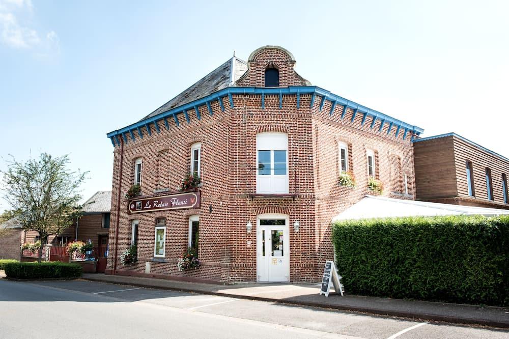 Hôtel Le Relais Fleuri