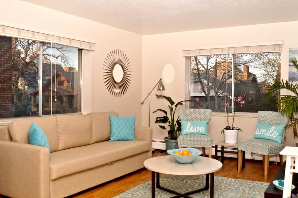 D018 1 Bedroom Apartment By Senstay