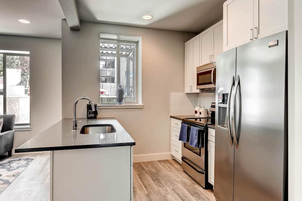 D023 2 Bedroom Apartment By Senstay