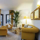 Apartment, 3 Bedrooms, Canal View (AD Gold) - Living Room