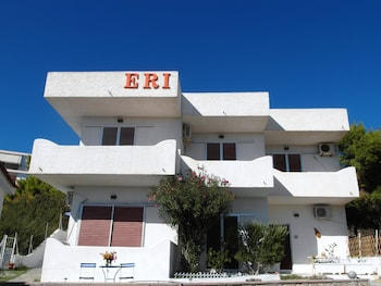Picture of Eri Studios in Aegina