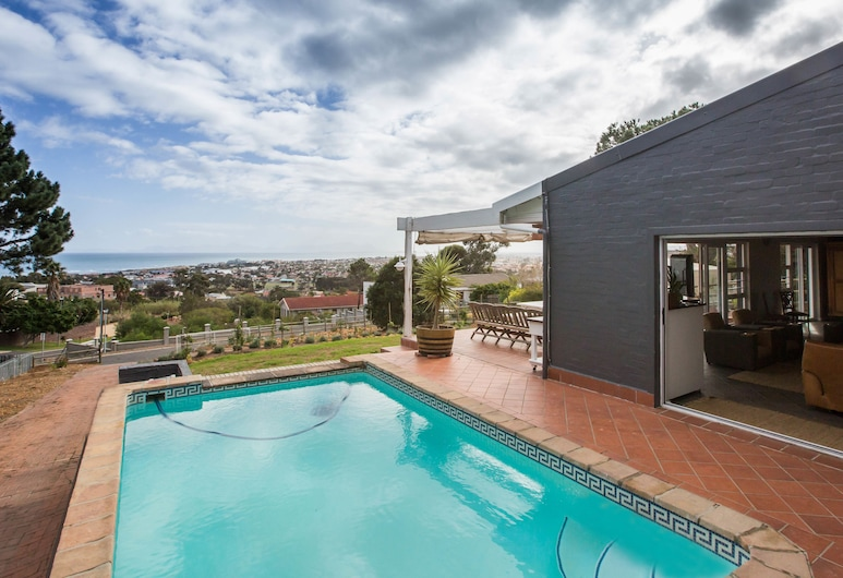 View Lodge, Cape Town, Outdoor Pool