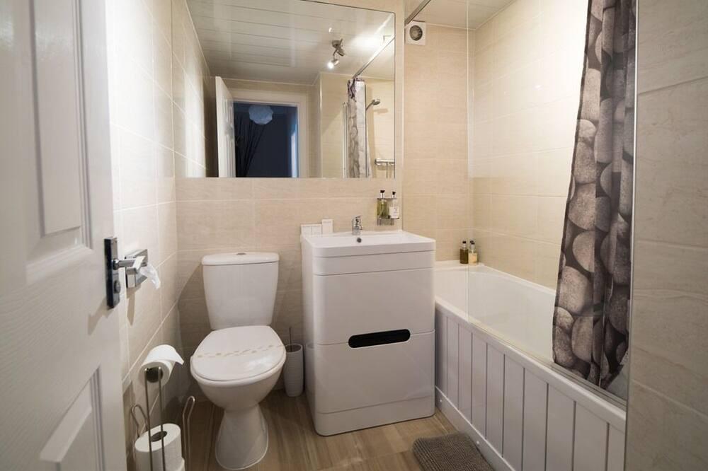 شقة سوبيريور - بحمام داخل الغرفة (Two Bedrooms 104) - حمّام