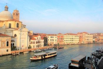 在威尼斯的角落家庭旅馆照片