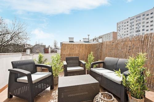 藍沙丘獅子公寓飯店/