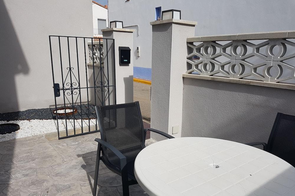 Ház, 2 hálószobával - Terasz/udvar