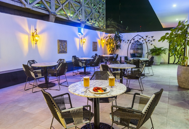 Hotel Real Maestranza, Guadalajara, Hiên