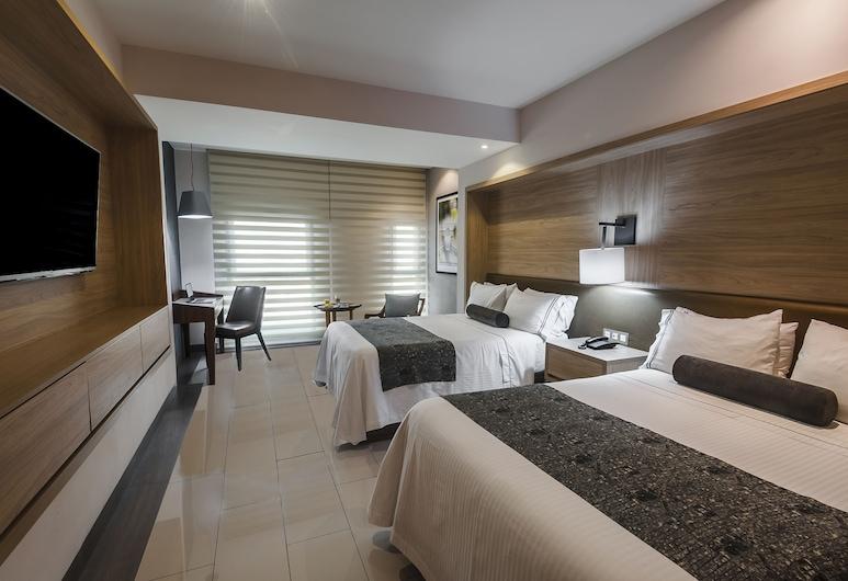 Hotel Real Maestranza, Guadalajara, Standard Room, 2 Double Beds, Guest Room