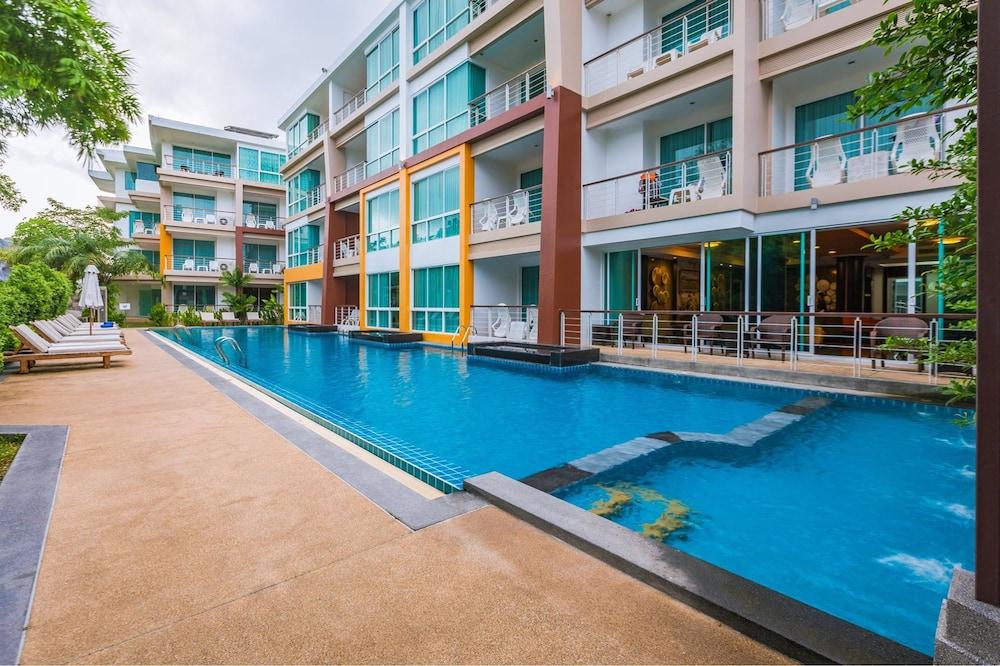 Phuket Seaview Resotel