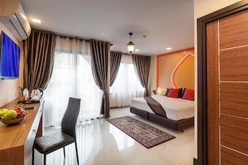 安達庫拉瑪洛可酒店民宿