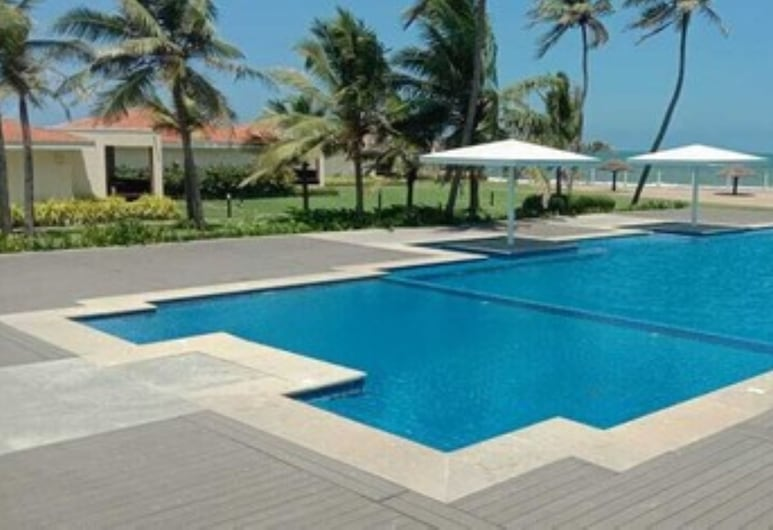 WelcomHotel Kences Palm Beach -Member ITCHotel Group, Mahabalipuram, Pool