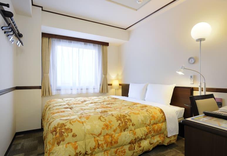 Toyoko Inn Osaka Shinsaibashi Nishi, Osaka, Economy Double Room, Smoking, Guest Room