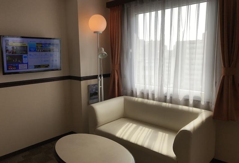 Toyoko Inn Shin-osaka-eki Higashi-guchi, Osaka, Deluxe Twin Room, Smoking, Guest Room