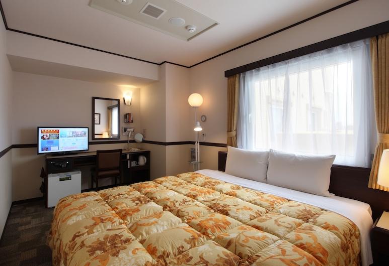 Toyoko Inn Kagoshima Chuo-eki Higashi-guchi, Kagoshima, Pokoj Economy s dvojlůžkem, kuřácký, Pokoj