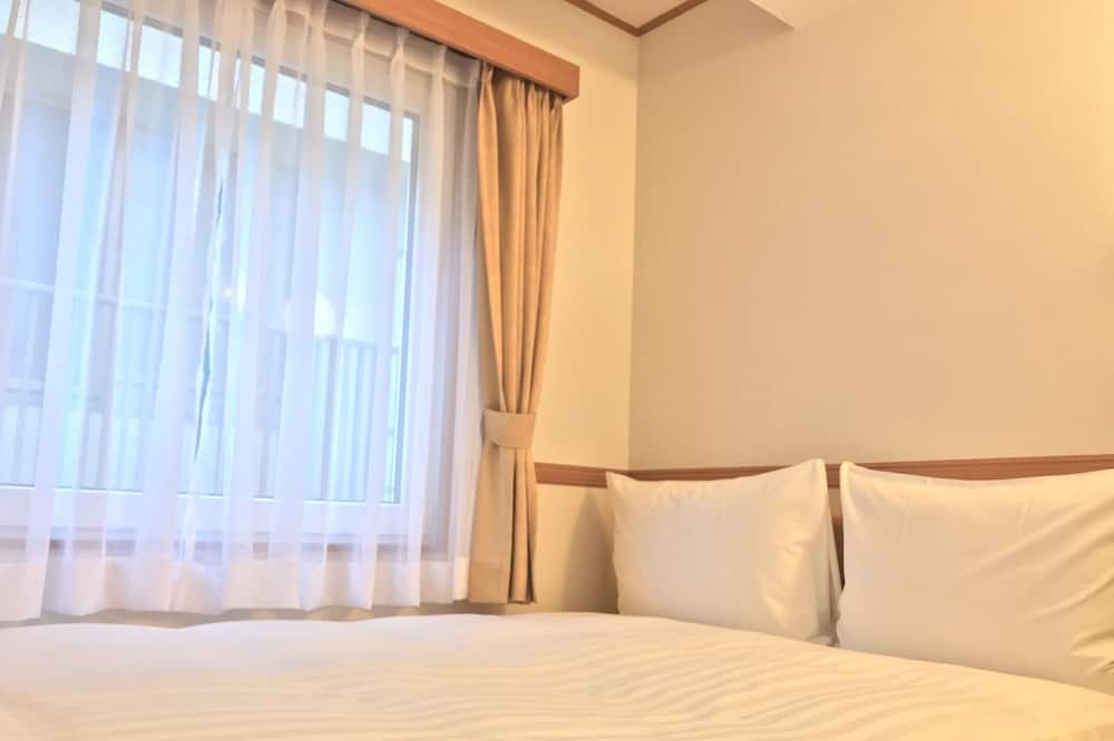 Economy Double Room, Smoking - Guest Room