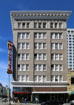 15 Closest Hotels to Paramount Theatre in Oakland | Hotels com