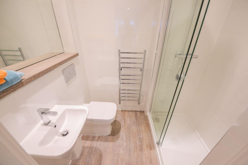 Stúdió (F) - Fürdőszoba