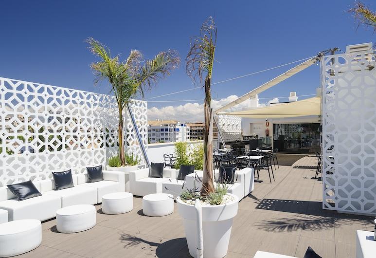 Costa del Sol Hotel, Torremolinos, Terrass