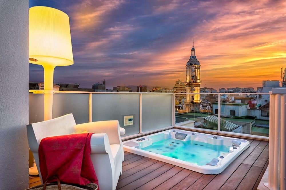 Deluxe Penthouse, 3 Bedrooms, Hot Tub (Calle Nueva, 3) - Terrace/Patio