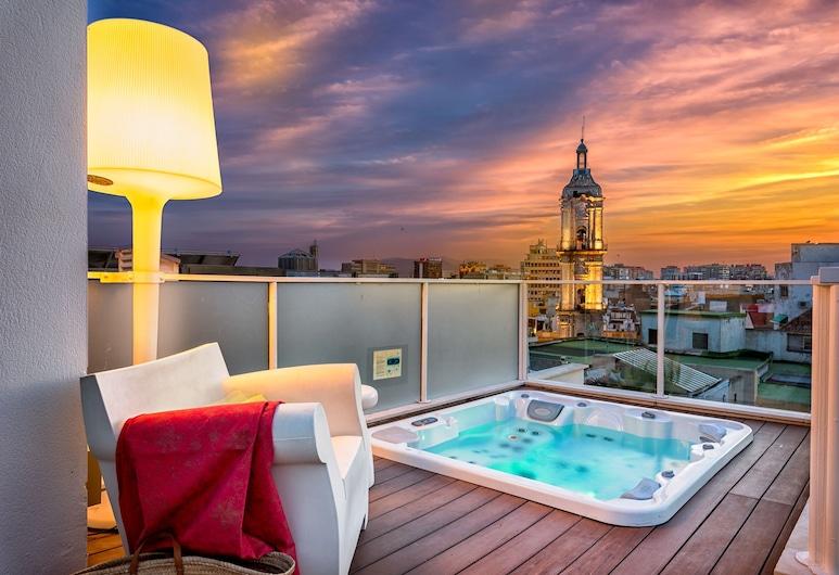 iLoftmalaga Premium Centro Histórico, Málaga, Deluxe penthouse, 3 slaapkamers, bubbelbad (Calle Nueva, 3), Terras
