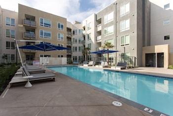 Picture of Apartment Dwell Club Santa Clara South in Santa Clara