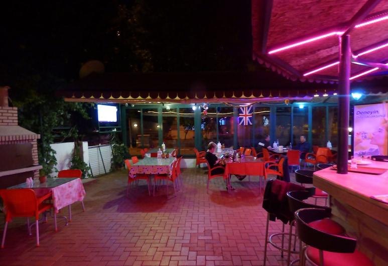 Avlu 4 Apart Hotel, Marmaris, Bar