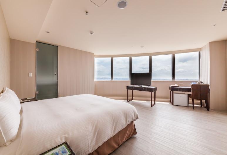 Xin She Hotel-Chungli, Taoyuan City, Liukso klasės dvivietis kambarys, 1 didelė dvigulė lova, vaizdas į miestą, bokštas, Svečių kambarys