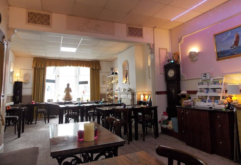 Topaz Guest House, Blackpool, Hotel Lounge