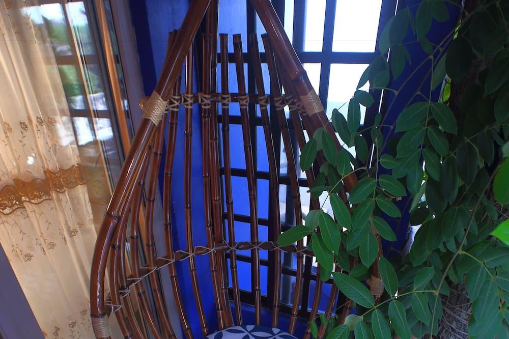 Lovers Suite with en'suite hydro massage bath 22 - Balcony