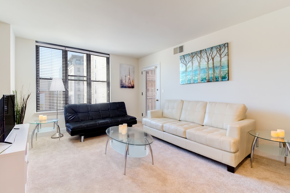 Heaven On Baltimore Downtown Fully Furnished Apartments, Baltimore