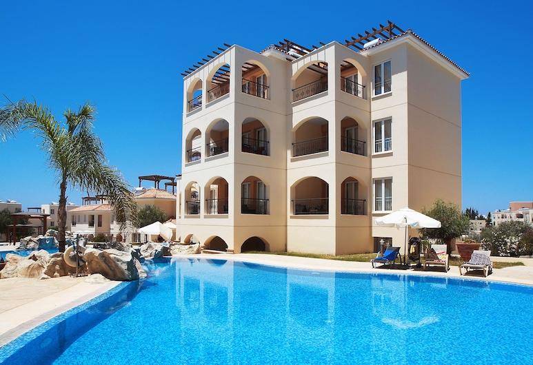 Adamou Gardens, Paphos, Outdoor Pool