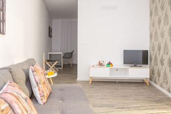 Introduce sus fechas y vea precios de hoteles última hora en Funchal