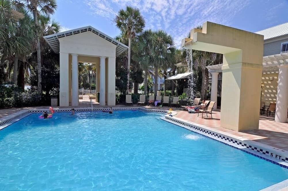 บ้านพัก, 5 ห้องนอน, วิวทะเล, ริมทะเล - สระว่ายน้ำกลางแจ้ง