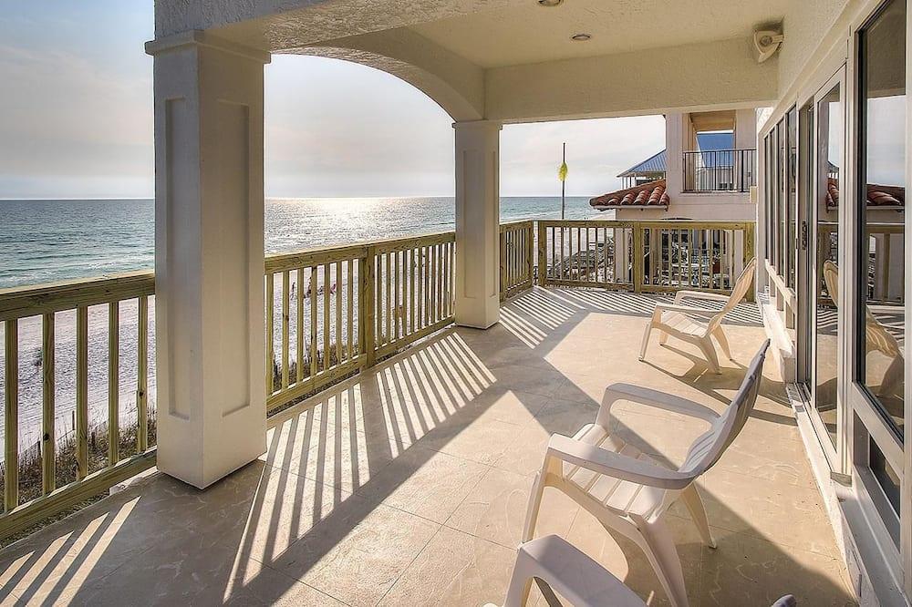 House, 5 Bedrooms, Ocean View, Beachfront - Balcony