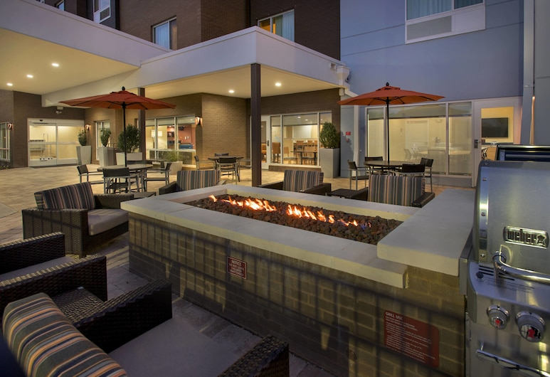 TownePlace Suites by Marriott Nashville Goodlettsville, גודלטסוויל, מרפסת/פטיו