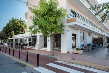 Picture of Hotel Los Rosales in Formentera