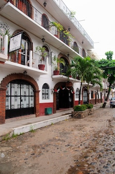 Picture of Hotel Azteca in Puerto Vallarta