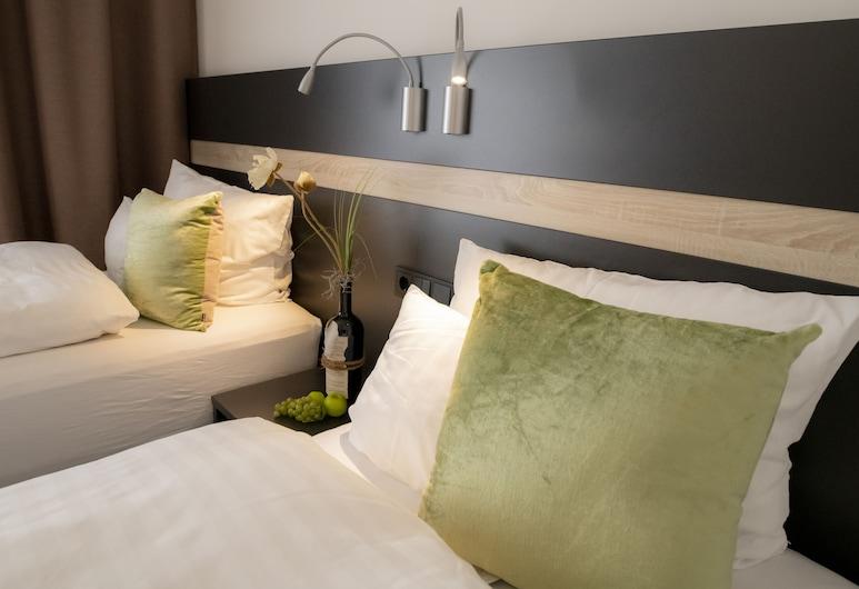 Hotel Campo, Renningen, Dubbelrum eller tvåbäddsrum - privat badrum, Gästrum