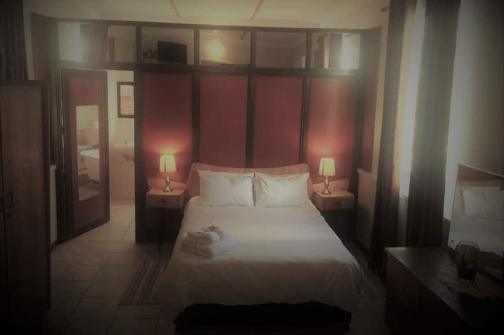 Standard Double Room Single Use, Multiple Beds - Guest Room